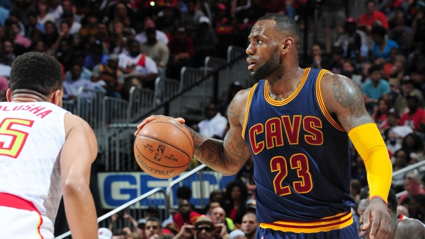 LeBron says his retirement \'up to my kids\' - Article - TSN