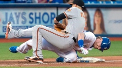 Chris Davis delivers game-winning sac fly as Orioles edge Blue Jays Article Image 0