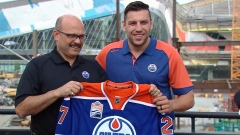 Milan Lucic signs with Oilers