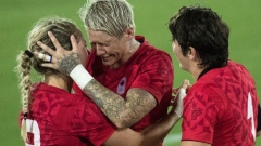 Canada women's sevens rugby celebrates