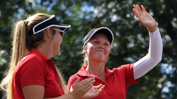 Brooke Henderson and sister/caddie Brittany Henderson