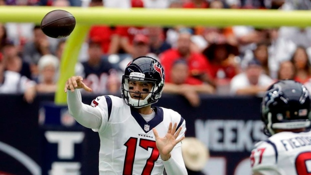 5bcf16ee0c244 Osweiler pays immediate dividends against Bears - TSN.ca
