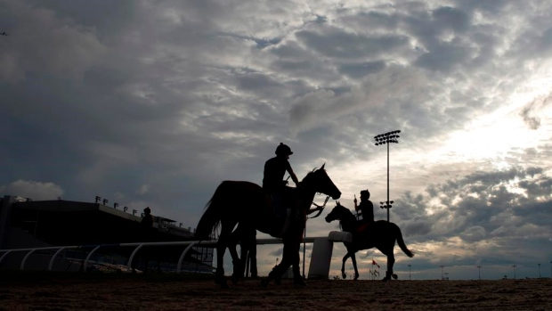 Woodbine Cancels Card Due to Death of Exercise Rider