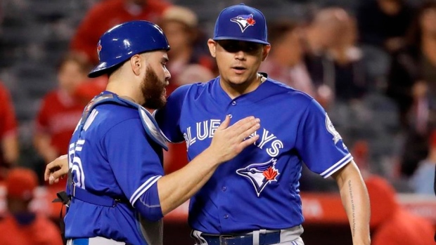 Donaldson-martin-lead-blue-jays-past-angels-7-2-article-image-0