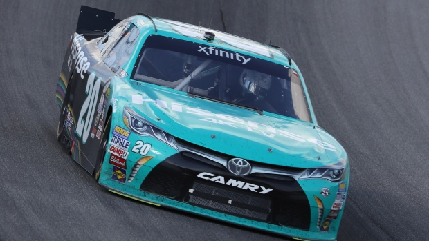 Rain puts Kyle Busch on pole for Chase opener
