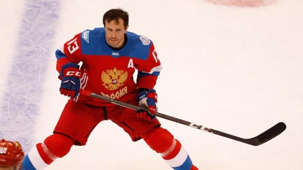 Canada beats Russia 5-3, advances to World Cup finals