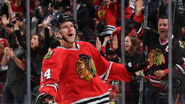 Richard Panik signs two-year extension with Blackhawks