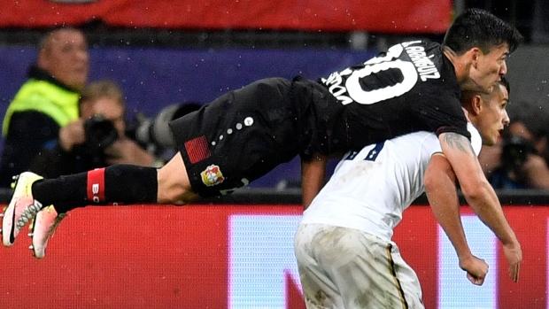 Leverkusen Tottenham Play To Draw Article Tsn
