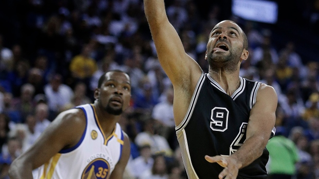 bc11bdb7f4f4 Spurs rout Warriors to spoil Durant s debut - TSN.ca