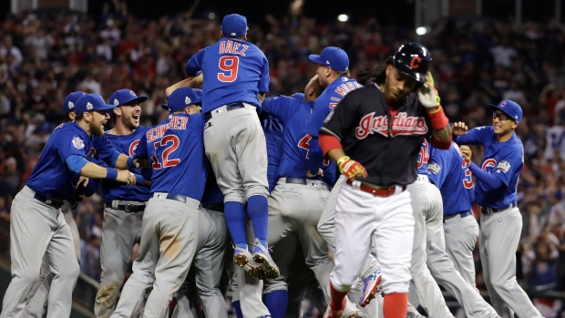 3ccdf13ef92 Cubs beat Indians for first World Series since 1908 - TSN.ca