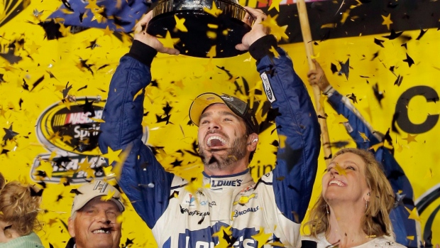 Jimmie Johnson wins record-tying seventh NASCAR Sprint Cup championship
