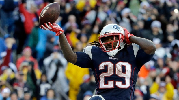 Eagles to sign Blount to 1-year deal