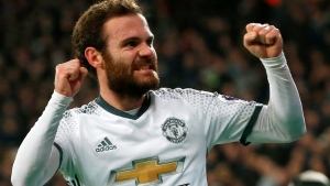 United re-signs Mata to one-year deal