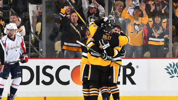 Conor-sheary-penguins-celebrate