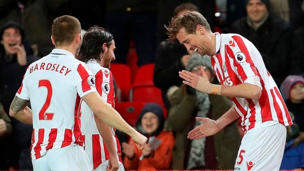 Peter Crouch does the robot