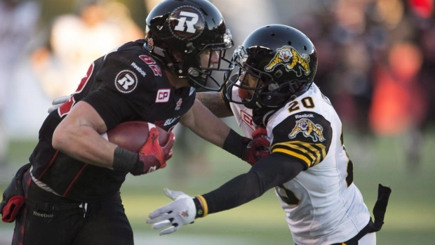 Hamilton Tiger-Cats re-sign defensive back Emanuel Davis to two-year deal Article Image 0