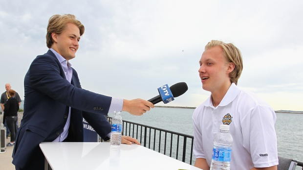 William-nylander-interviews-brother-alex-at-the-2016-nhl-entry-draft