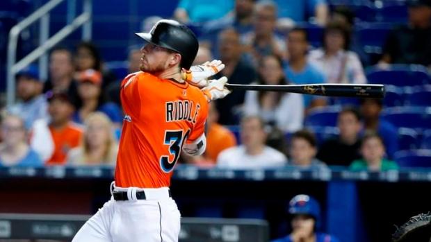 rookie riddle homers in 9th marlins top mets   tsn ca