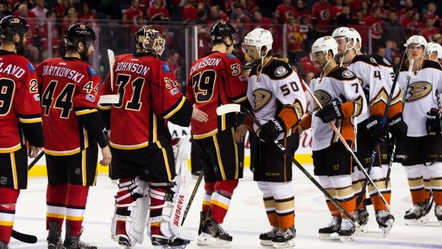 Anaheim-ducks-and-calgary-flames-shake-hands