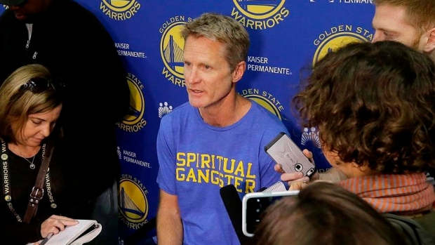 Kerr spinal cord leak procedure went well — Warriors GM Myers