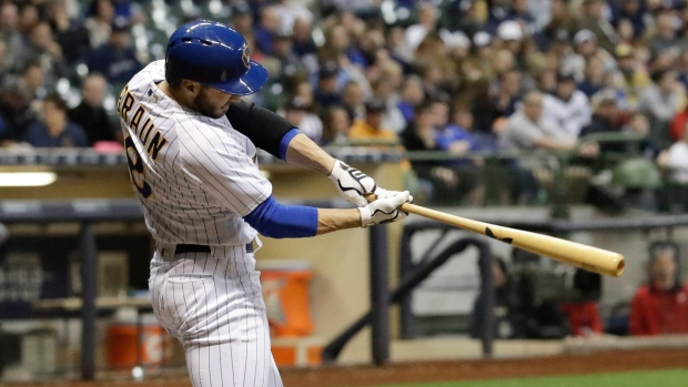 Santana 2 HRs, Brewers end Atlanta's 4-game win streak 4-3