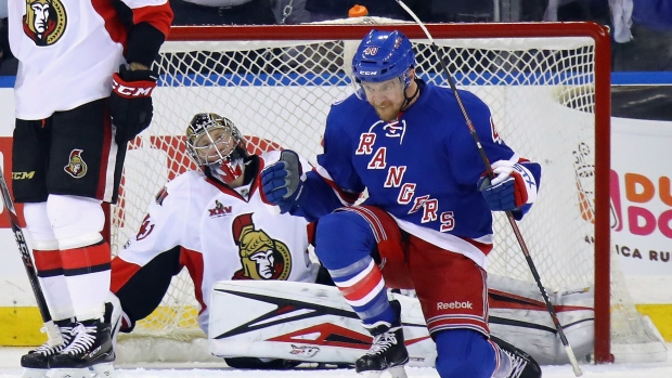 Michael-grabner-and-craig-anderson