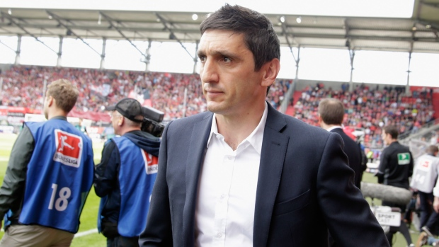 Tayfun Korkut to leave Leverkusen at end of season