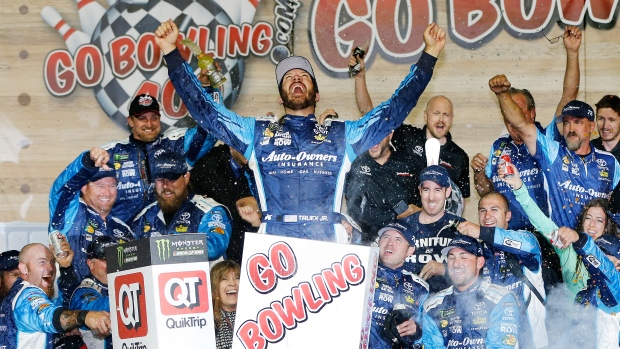 Martin Truex Jr Wins at Kansas while Armirola Suffers Back Injury