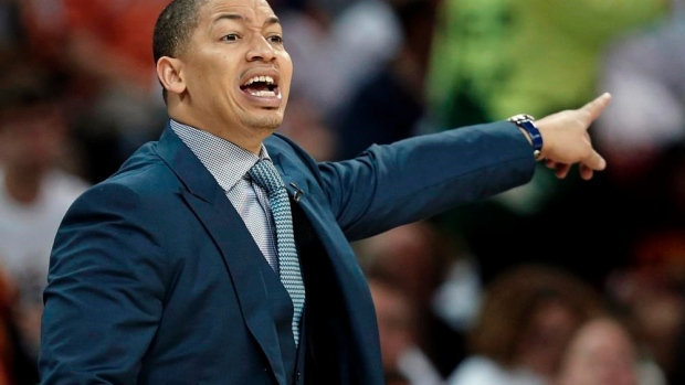 Mike Brown still waiting on Tyronn Lue to pay up overdue bet Article Image 0