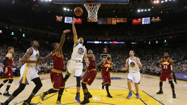 Warriors open as favorite over Cavs in NBA Finals