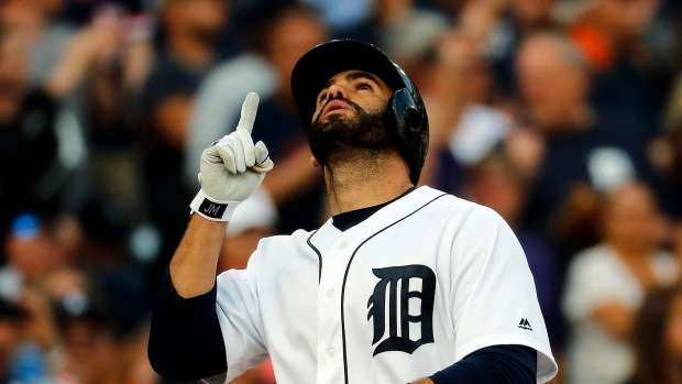 Bats stay hot in Detroit's 10-1 win over White Sox