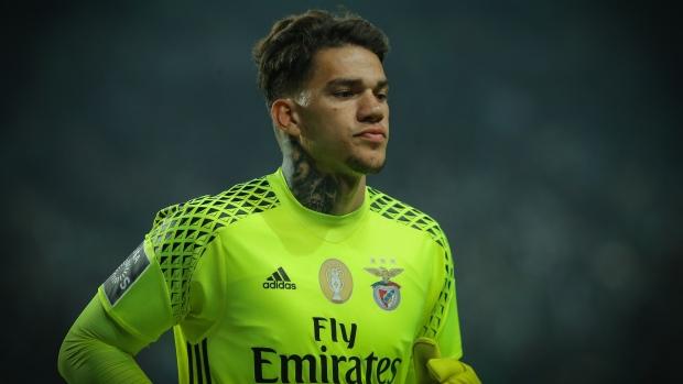 2c40ca358 Moraes joins Manchester City for  45 million - TSN.ca