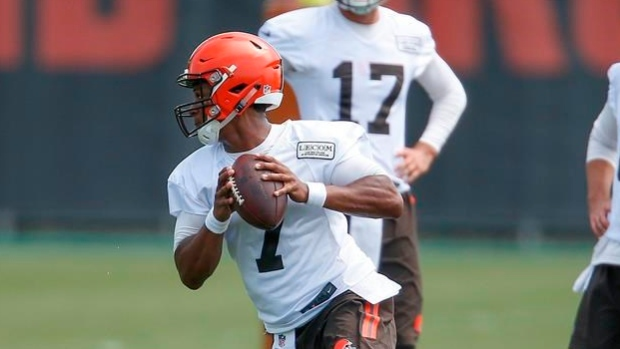 Browns sign rookie QB DeShone Kizer to contract