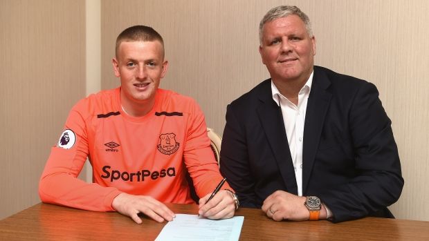 Jordan Pickford has Everton medical ahead of Sunderland switch