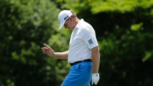 Els eagles 18th for share of Boeing Classic lead