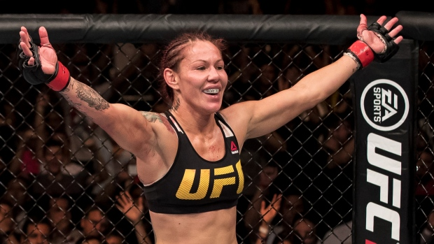 Cyborg, Anderson to fight for featherweight title