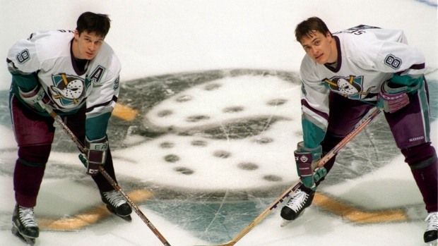 Paul Kariya and Temmu Selanne