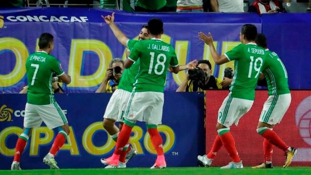b1aa62430 Mexico edges Honduras in Gold Cup quarters - TSN.ca
