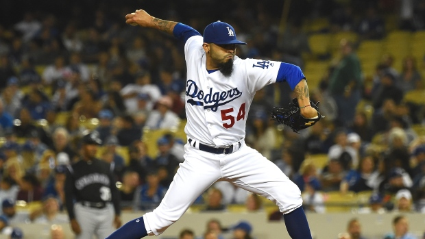 Dodgers Trade Former Giants Reliever to Rays