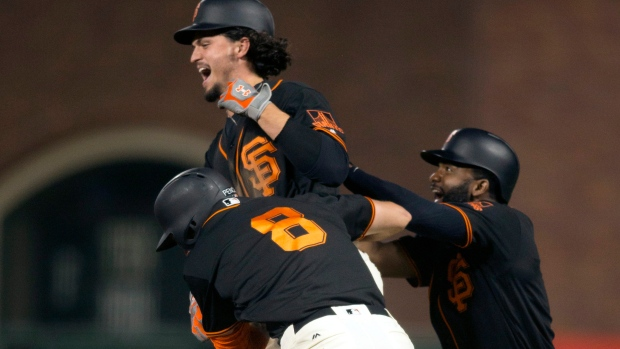 San-francisco-giants-celebrate