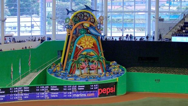 Miami-marlins-sculpture