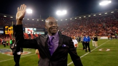 Hall of Famer Jerry Rice takes part in 49ers practice Article Image 0