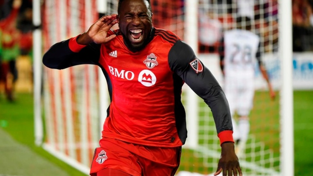 Giovinco, Hasler, Altidore score as Toronto stretches unbeaten streak to 8 games Article Image 0