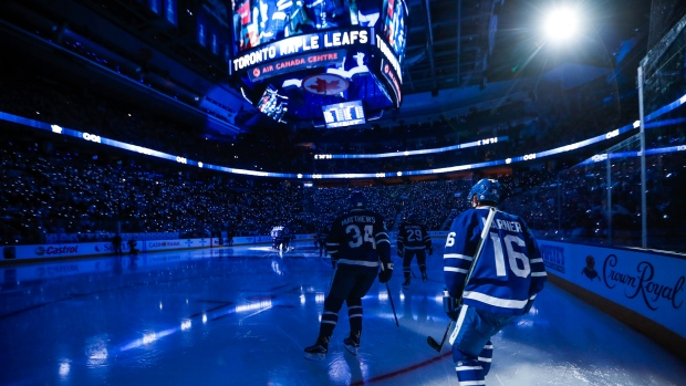 Toronto Maple Leafs Edmonton Oilers Play Home Games On First Night