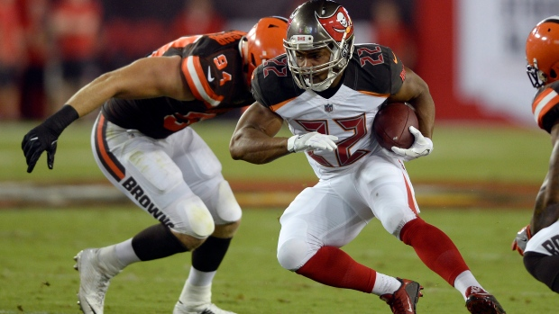 Bucs parts ways with Doug Martin after 6 seasons