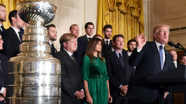 Donald Trump welcomes Pittsburgh Penguins