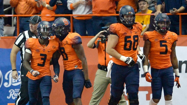 Syracuse-orange-celebrate