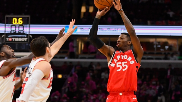 Raptors' Delon Wright out with dislocated right shoulder, no timetable for return