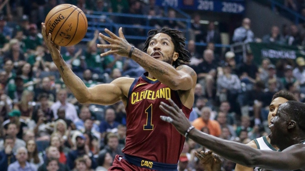 Derrick Rose to miss at least two weeks with ankle injury