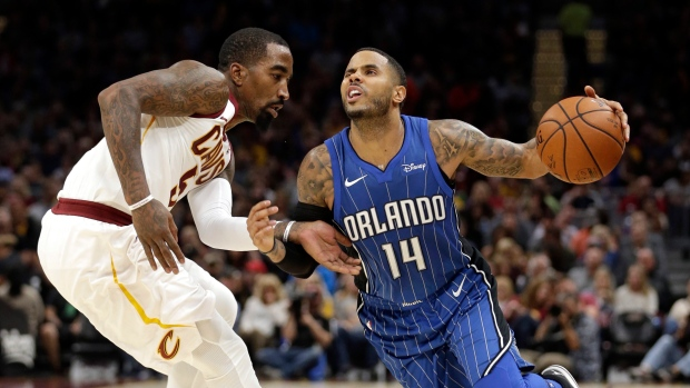 D-j-augustin-and-jr-smith
